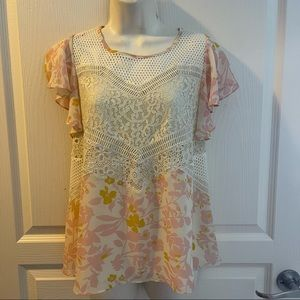 HD IN Paris Floral & knitted Top Size 8